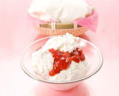 2017/04/09 銀のぶどう 白ら<春いちご> チーズケーキがふわふわで苺ソースが程よい甘味と酸味ぺろりと平らげられる。