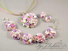 Colgante y pendientes con rosas de arcilla de polímero por polyflowers en DeviantArt