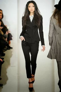 Beautiful Rachel Zoe suit