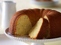 lemon poppyseed yogurt cake from Horizon organic