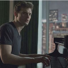 I'm honestly so thrilled that Jamie is going to sing for a scene in Fifty Shades Freed! #jamiedornan