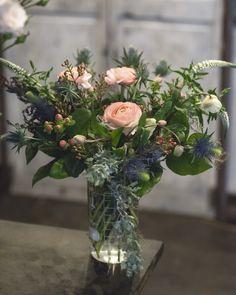 Bouquet of the Week: Embracing Color - Garden Collage Magazine Good Shabbos, Collage, Garden Park, Creative Director, Special Events, Floral Arrangements, Favorite Color, Bouquets, Salmon