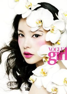 Vogue Girl Korea January 2011 issue features model Min Hyo-rin posing with blooming flowers photographed by Choi Yong Bin in 'Spring Comes'. Floral Fashion, Look Fashion, High Fashion, Fashion Illustration Techniques, Beauty Photography, Fashion Photography, Korean Photography, Photography Flowers, Amazing Photography