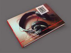 FREE MOCKUP  Brochure Wide