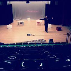 Spettacolo infanzia - Teatro - Natale 2051