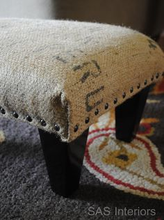 Want to build a DY ottoman and looking for project ideas with instructions? Here are 40 easy step by step tutorials that will help you out! Häkelideen Bastelmessen 58 Easy DIY Ottoman Ideas You Can Make on a Budget Burlap Coffee Bags, Coffee Bean Bags, Coffee Sacks, Coffee Beans, Burlap Projects, Burlap Crafts, Burlap Sacks, Hessian, Furniture Projects