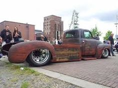 Resultado de imagem para 1952 chevy truck dually rat rod