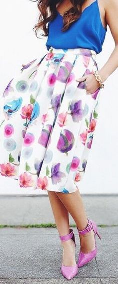 #street #style #spring #fashion #inspiration |Blue Top + Floral Midi Skirt