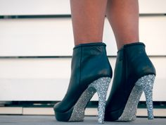 These add a bit of sparkle to any outfit.
