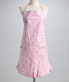 A pink plaid apron with ruffles! Cuuuuute!