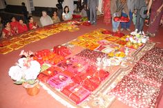 Saipata: wedding trays