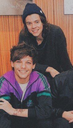 Louis E Harry, Harry 1d, One Direction Louis, One Direction Pictures, Larry Stylinson, Louis Tomlinson, X Factor, Normal Guys, 1d And 5sos