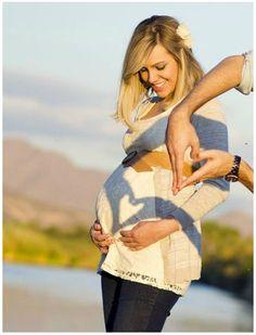 Diversas fotos criativas, para você se inspirar e montar o seu próprio álbum de gravidez.