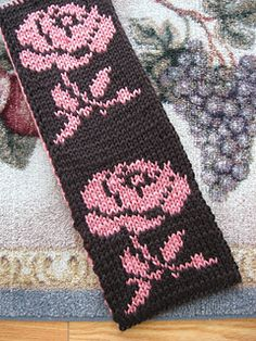 Reversible Double Knit Rose Scarf.  Free knitting pattern on ravelry