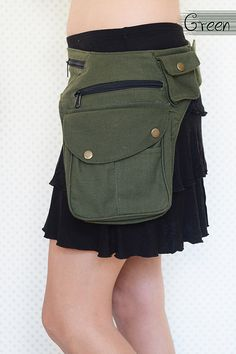 Easy to wear one sided utility/festival belt, comprising of 7 very useful and secretive pockets, keeping all your personals close by your side while