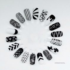 The Best Nail Art Designs – Your Beautiful Nails Black And White Nail Designs, Black And White Nail Art, White Glitter, Stylish Nails, Trendy Nails, Nail Art Wheel, Super Nails, Cute Nail Designs, Beautiful Nail Art