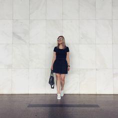 O look completo com o presente ☺ Tudo antiiiigo no guarda roupa! #ootd #fashion