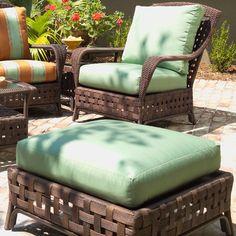 Lloyd Flanders Haven Ottoman with Cushion Fabric: Volt Emerald