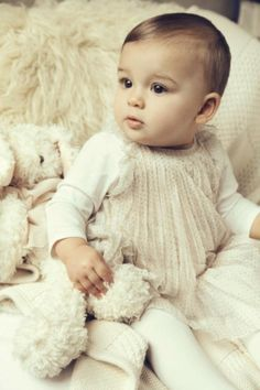 vestido-para-bebe-moda-infantil-chloe-kids-bege