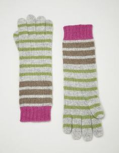gloves to match the scarf and hat