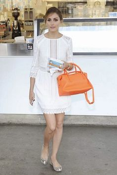 beauty product you cannot LIVE with out……… Olivia Palermo – Page 17 – the Fashion Spot Look Olivia Palermo, Estilo Olivia Palermo, Olivia Palermo Lookbook, Fashion Corner, White Dress Summer, Street Style Summer, Moda Fashion, Celebrity Look, Mode Inspiration
