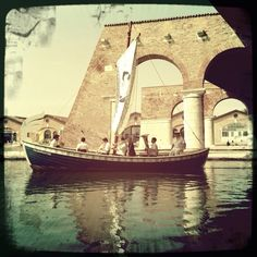 Ms Hang-over Venice Biennale Venice Biennale, Tower Bridge, Cool Art, Ms, Travel, Viajes, Destinations, Traveling, Trips