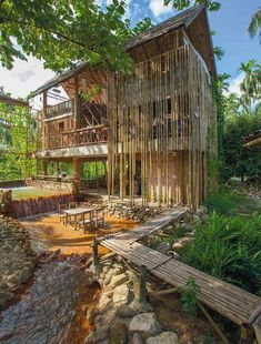 Tropical House Architecture Design Ideas For Inspiration Bamboo Architecture, Tropical Architecture, Architecture Design, Urban Living, Bamboo House Design, Bamboo Building, Hut House, Jungle House, Bamboo Structure