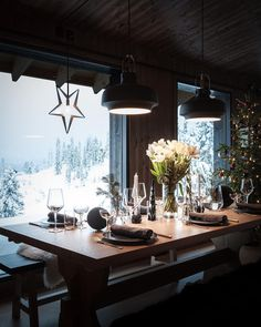"""291 Likes, 7 Comments - Fjellhuset (@fjellhuset) on Instagram: """"Godt Nytt År fra vinterland 🌨✨🥂 #hytte #hytteliv #hytteinspirasjon #hytteinspo #inspocabin…"""""""