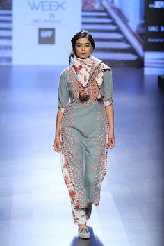 By designer Vrisa. Shop for your wedding trousseau, with a personal shopper & stylist in India - Bridelan, visit our website www.bridelan.com #Bridelan #vrisa #lakmefashionweek
