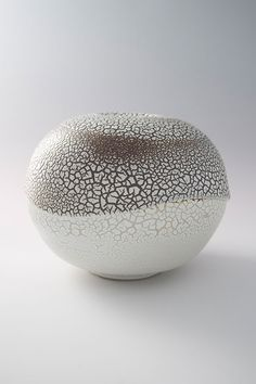 "Brother Thomas, Vase, kairagi glaze, porcelain, 7 x 9 x 9"" https://www.quora.com/Where-can-I-find-a-recipe-for-a-thick-white-kairagi-glaze-similar-to-the-glazes-used-to-make-hagi-yaki"