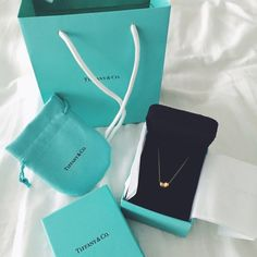 Authentic Tiffany & co Elsa peretti gold bean Elegant and a timeless classic! This golden beauty is versatile and a true wardrobe staple! Tiffany & Co. Jewelry Necklaces