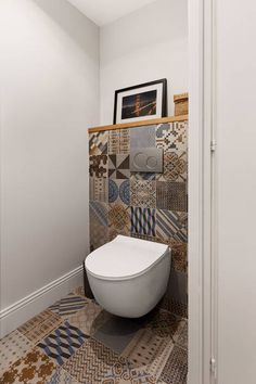 Home Interior Decoration Ideas Bathroom Design Luxury, Bathroom Design Small, Bathroom Renovations, Home Remodeling, Wc Retro, Small Toilet Room, Downstairs Toilet, Toilet Design, Modern Interior Design