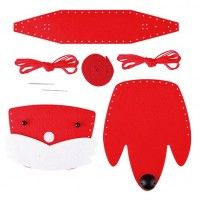 Hape Foxy Tote Kit : Do it yourself and create a lovely fox bag you can call your own with pre-cut felt materials, a plastic needle and string. Ask your child to name the animal and role play with their new friend that they created. Craft Kits, Diy Kits, Fox Bag, Felt Material, Sewing Kit, Time Art, Sewing For Kids, Sunglasses Case, Kids Rugs