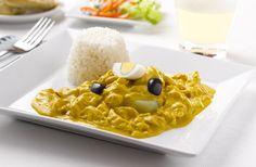 El ají de gallina es un plato oriundo del #Peru que se basa en un ají o crema espesa compuesta por gallina previamente cocida y luego desmenuzada.