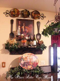 tuscan wine and grape kitchen decor - Internal Home Design Wine Theme Kitchen, Grape Kitchen Decor, Kitchen Vignettes, Kitchen Decor Themes, Kitchen Ideas, Tuscan Kitchen Decor, Tuscan Wall Decor, Kitchen Modern, Country Kitchen