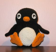 Chubby little penguin guy-pattern link too! - CROCHET - It's been a really long time since I've made amigurumi, so I thought something adorable was in order. Crochet Penguin, Crochet Birds, Cute Crochet, Crochet Animals, Crochet For Kids, Crochet Crafts, Crochet Baby, Knit Crochet, Amigurumi Free