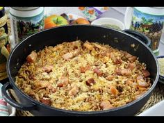 Arroz con bacon, chorizo y carne picada. Cooking Red Potatoes, Cooking Bacon, Cooking Rice, Rice In The Oven, Bacon In The Oven, Dutch Oven Cooking, Dutch Oven Recipes, How To Cook Artichoke, Eating Clean