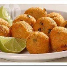 Bolinho de bacalhau (apimentado) @ allrecipes.com.br