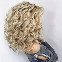 40 Trendy Braided Hairstyles For Long Hair To Look Amazingly Awesome; long weddi… 40 Trendy Braided Hairstyles For Long Hair To Look Amazingly Awesome;Beautiful prom hairstyles long hairstyles for teens. Curly Hair Cuts, Medium Hair Cuts, Long Curly Hair, Medium Hair Styles, Curly Hair Styles, Curls For Medium Length Hair, Long Face Hairstyles, Wedding Hairstyles For Long Hair, Braids For Long Hair