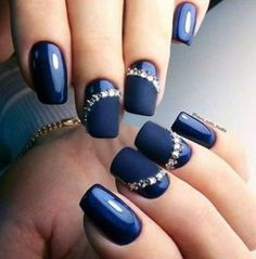 blue Autumn nail designs with varnish matt chic look diakosmitika nuxion ediva.gr
