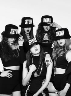 Find images and videos about kpop, crazy and hyuna on We Heart It - the app to get lost in what you love. Kpop Girl Groups, Korean Girl Groups, Kpop Girls, 4 Minutes Kpop, K Pop, Super Junior, Shinee, Bigbang, Mundo Musical