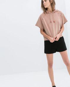 Imagem 1 de SWEATSHIRT COM CAPUZ da Zara