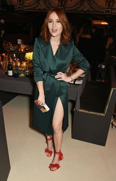 Photo of Angela Scanlon Curvy Women Outfits, Clothes For Women, Angela Scanlon, Bionic Woman, Autumn Clothes, Tv Presenters, New Hair Colors, Celebs, Celebrities