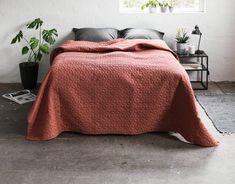 Sengeteppe ROSENTRE 220x240 burgunder   JYSK Aarhus, Round Corner, Burgundy Color, Bordeaux, Queen, Blanket, Furniture, Bedspreads, Home Decor