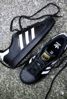 http://www.newclothestrends.com/category/adidas-shoes/ Adidas Originals Superstar 'Foundation Pack' - Core Black