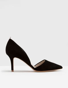 Meet your new favourite everyday heels. These pointed-toe court shoes are just the right height for a hint of glamour, but low enough to dash around in. With plenty of finishes to choose from and a contrast ribbon at the back, it's a perfect match for all your best outfits.