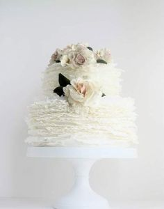 Tulle wedding cake by Maggie Austin