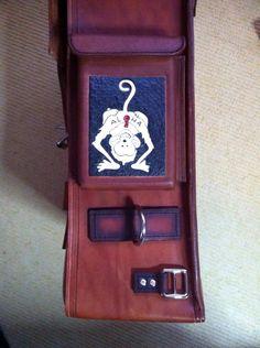 Motor rugtas Motor, Suitcase, Fashion, Craft Work, Moda, Fashion Styles, Fashion Illustrations, Briefcase
