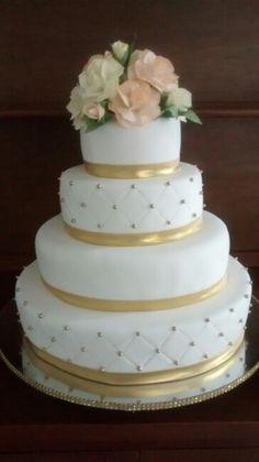 Torta matrimonio dorada