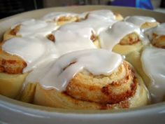 Sourdough Cinnamon Rolls (with sourdough starter recipe) (recipes with biscuits cinnamon rolls) Sourdough Cinnamon Rolls, Sourdough Recipes, Amish Recipes, Baking Recipes, Sourdough Bread, Bread Recipes, Easy Recipes, Friendship Bread Starter, Sweet Dough